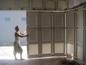 pintu garasi semarang sistem dorong tikung