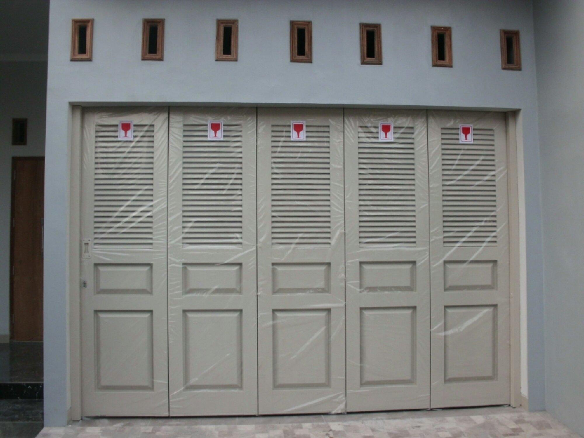 Jenis pintu garasi semarang