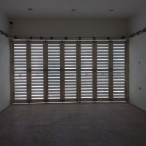 pintu garasi semarang